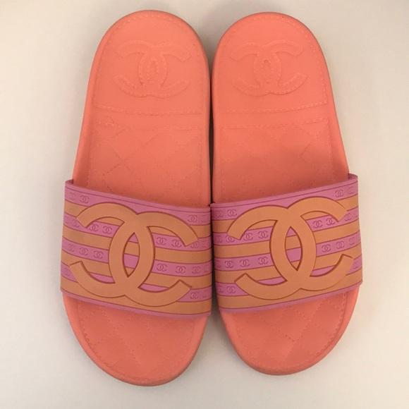8ae8f83c04c3 CHANEL Shoes - Chanel Pool Slides